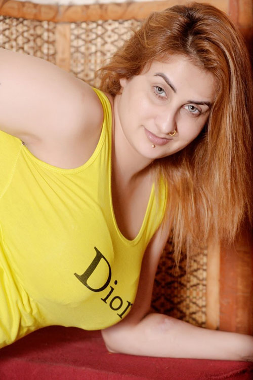 Afreen Khan Hot in Yellow